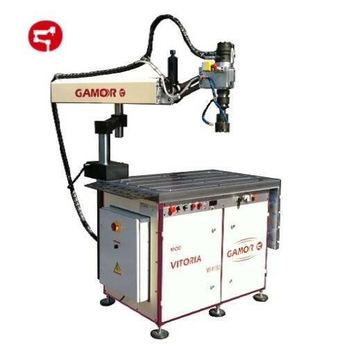 Hydraulic tapping machine M130
